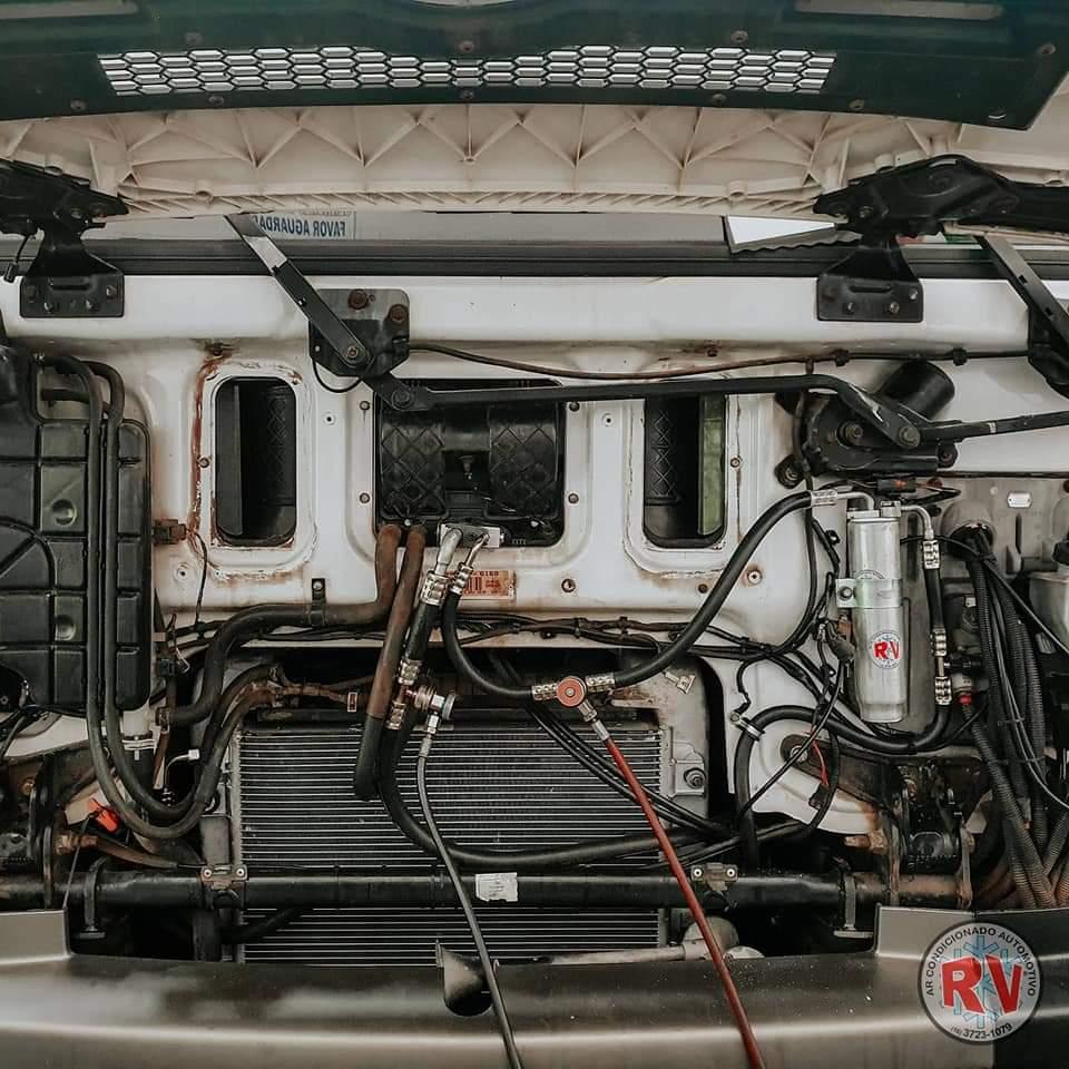 Instalação de Ar Caminhão 01 • RV